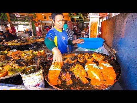 Street Food in Malaysia - ULTIMATE MALAYSIAN FOOD in Kuala Lumpur!