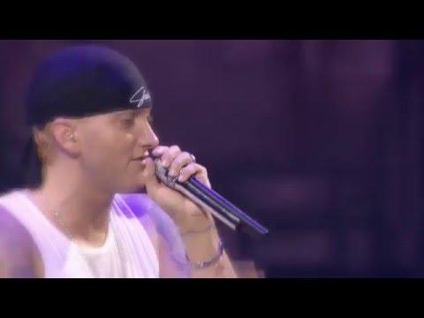 Eminem cries for his daughter (Hailie Jade)