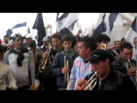 Entrada de los Indios Kilmes al Estadio Unico de La Plata - Indios Kilmes - Quilmes