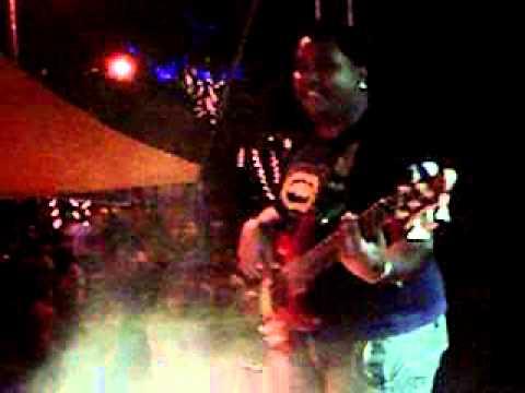 Show da banda CHAMMAS em Dores do Rio Preto-ES!