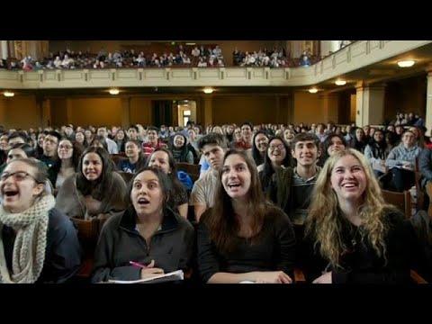 العرب اليوم - السعادة مادة دراسية في جامعة ييل الأميركية