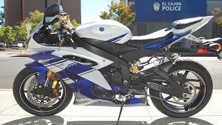 8. 2014 Yamaha YZF-R6 Team Yamaha Blue