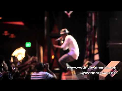 0 VIDEO:Wizkid LIVE In Houston (EME US Tour)