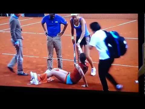 Tennis – Andrea Petkovic horrible injury vs Viktoria Azarenka 26.04.2012 Stuttgart