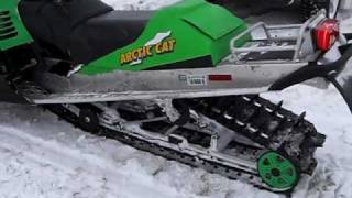7. 2004 Arctic Cat 900 Mountain Cat 1M