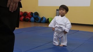 Video Will's First Karate Lesson | The Little Couple MP3, 3GP, MP4, WEBM, AVI, FLV Agustus 2018