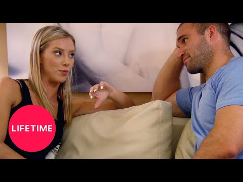 Married at First Sight: Jonathan and Molly Don't Swap Phones (Season 6, Episode 10) | Lifetime