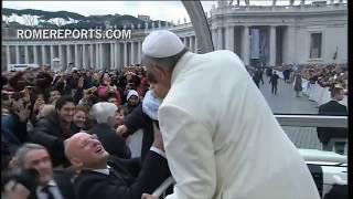 """Francisco: 12 meses del """"párroco del mundo"""""""