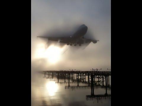 FOG - SMOKE TRAILS - VORTEX - Heavy Jets - Low Visibility Landing - Chicago O'Hare Plane Spotting. (видео)