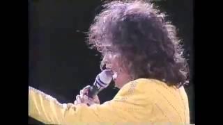 Whitney Houston LIVE - Natural Woman