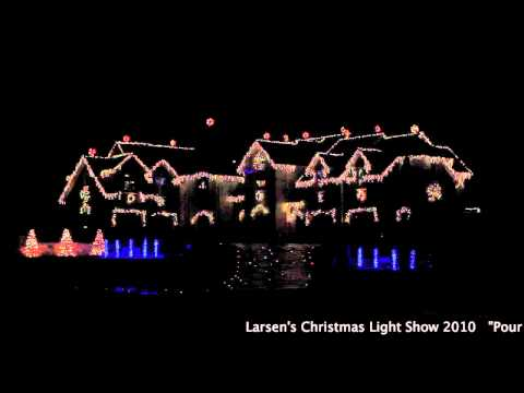 [Christmas Light show] WOW…This Dude's Light Bill Must Be BANANAS!