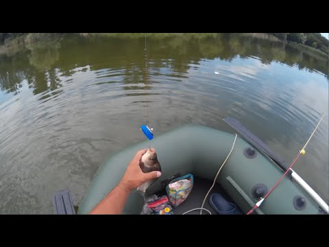 техника ловли карася с лодки