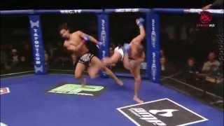 Anthony Pettis nokautuje przeciwnika kopem po odbiciu od siatki!