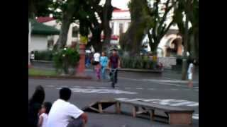 Kabankalan Philippines  city pictures gallery : Skateboarding in Kabankalan City Park, Philippines