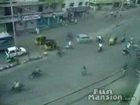 l'incrocio stradale più pericoloso del mondo!