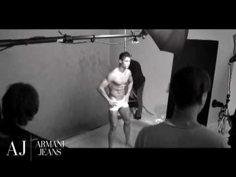 cristiano ronaldo armani jeans underwear photoshoot backstage exclusive. CRISTIANO RONALDO BACKSTAGE