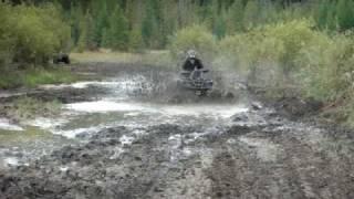 7. 2009 CanAm Outlander 800R XT Making a Tough MudHole Look Easy