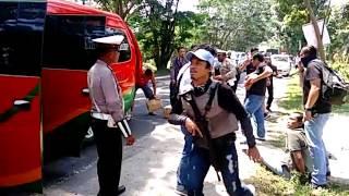 Video Video penangkapan Bandar Narkoba di Batubara(2) MP3, 3GP, MP4, WEBM, AVI, FLV November 2017