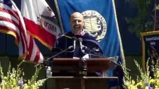 Video University of California Berkeley Commencement Keynote Speech 2017 | Maz Jobrani MP3, 3GP, MP4, WEBM, AVI, FLV Oktober 2018