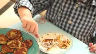 Comment faire des mini-pancakes aux courgettes ?