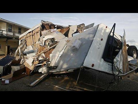 ΗΠΑ: Ένας νεκρός και πολλές ζημιές λόγω του τυφώνα Ερμίν