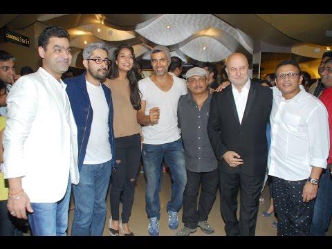 Akshay Kumar, Sajid Khan & Others At Premiere Of Movie The Shaukeens