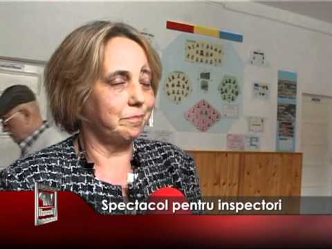 Spectacol pentru inspectori