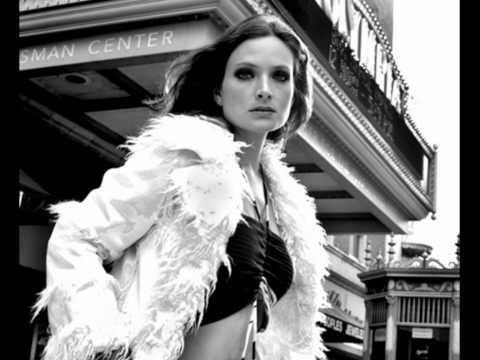 Nicole (Chile) - Amanecer lyrics