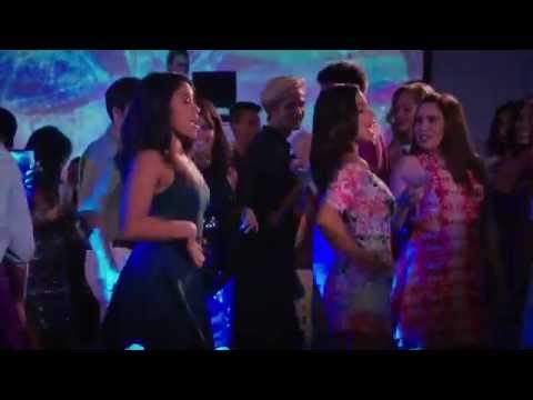 Jane The Virgin 2x04 Jane and Lina - Hot In Here