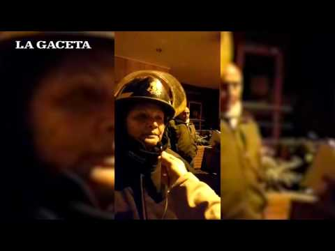 Testimonios de vecinos que fueron evacuados del edificio del Subsidio (видео)