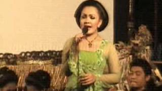 Download Lagu campursari blitar bowo nyidam sari Mp3
