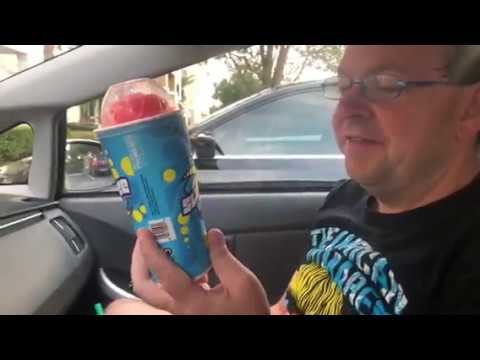 Sip & Snack: Cap'n Crunch's Crunch Berries Slurpee at 7-Eleven(7-12-18)