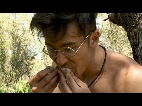 Survivalist Hits the Food Jackpot | Naked and Afraid