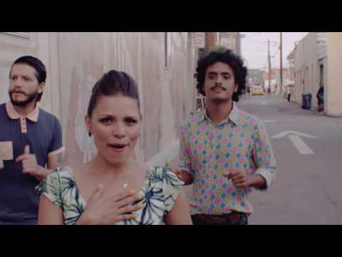 Puerto Candelaria - Amor Fingido