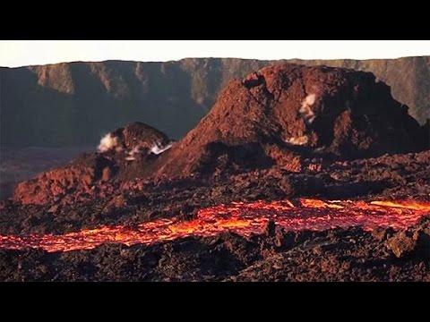 Νήσος Ρεϋνιόν: Εντυπωσιακή έκρηξη ηφαιστείου