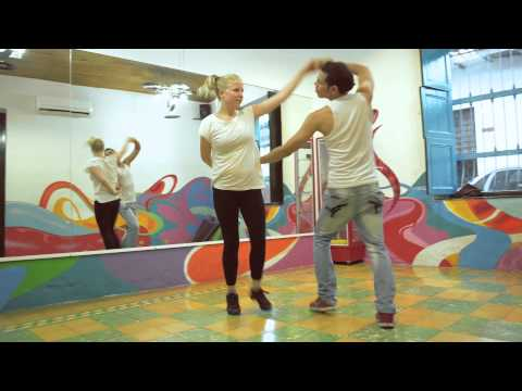 Video avEl Viajero Cali Hostel & Salsa School