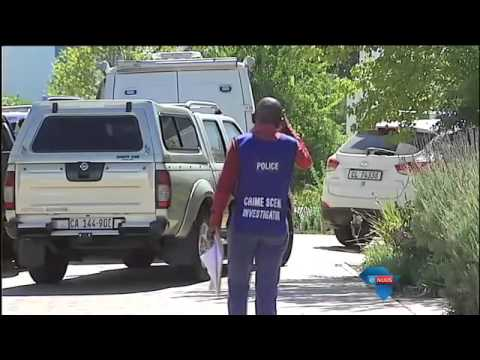 Bure geskok oor moord op drie gesinslede / Neighbours shocked by murder of three family members