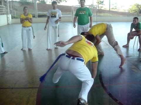 Encontro Internacional da arte da Capoeira em Montes Claros - MG (Capoeira Pensa)