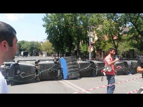 Մի գնացեք վերցրեք.Բաղրամյան պողոտան՝ այս պահին - DomaVideo.Ru