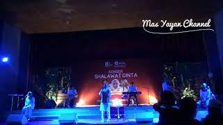 Video Ya Asyiqol Mustofa Voc Nissa Sabyan Gambus LIVE UGM JOGJAKARTA MP3, 3GP, MP4, WEBM, AVI, FLV Juni 2018