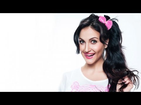 Elli Avram : I Want My 'Mr Right' To Be Classy And Simple