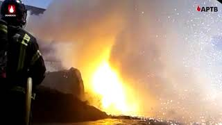 Explosión durante la extinción de un incendio en nave industrial de Fuenlabrada