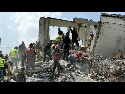 العرب اليوم - شاهد: أكثر من مائتي قتيل في زلزال مدمر في المكسيك