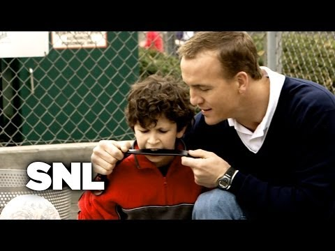 The Funniest Peyton Manning Sketch Ever ON SNL