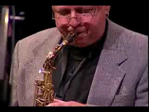Bob Mintzer Big Band – Who's Walking Who