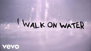 Video Eminem - Walk On Water (Lyric Video) ft. Beyoncé MP3, 3GP, MP4, WEBM, AVI, FLV Mei 2018