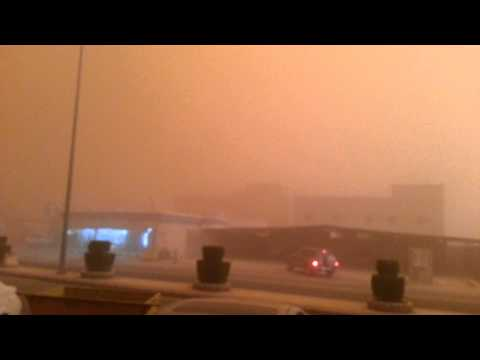 Dust Storm Turns Day into Night