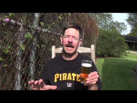Louisiana Beer Reviews: Molson Canadian