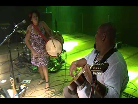 Fabiana Lima & Bruno Andrade - Mãe África / Caixa, Viola e Folia!