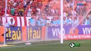 Flamengo 3 X 0 Cruzeiro - Brasileiro 2014 - Dedé (contra), Canteros e Gabriel.